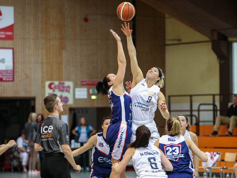 Foto Harald Appel: Tori Fisher wieder beim Sprungball